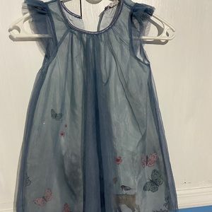 Blue gray told dressed with Forest print